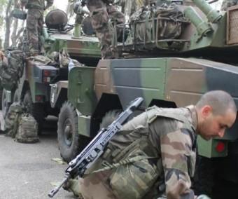Les vraies raisons des manœuvres militaires françaises à l'ouest