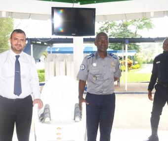 L'école de gendarmerie reçoit un généreux visiteur