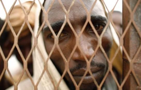 Arrestation d'une bande accusée de torture de migrants — Libye