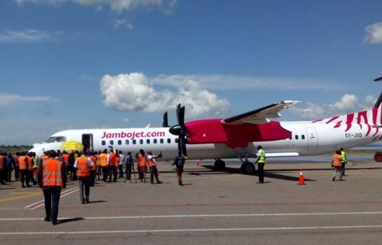 Jambojet ,Q400 arrivées à Entebbe