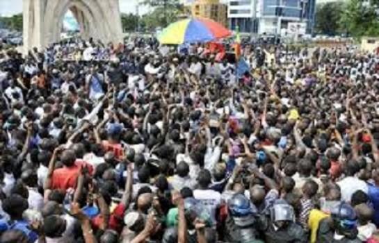 DES  marcheurs demande la paix au centre du Mali