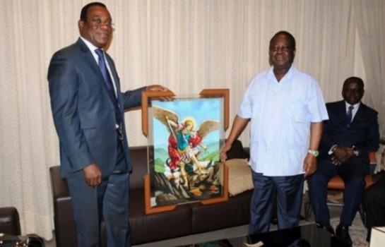 Rencontre entre Pascal Affi N'Guessan et Henri Konan Bédié pour la création