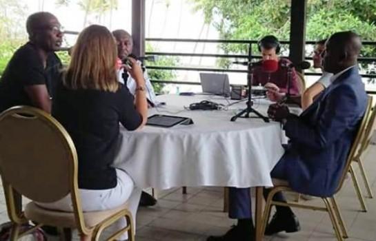 Alain Gouaméné et Sory Diabaté sur le plateau de RFI
