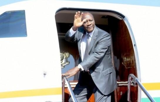 alassane Ouattara en route pour Ouagadougou pour présider l'An 25 de l'UEMOA