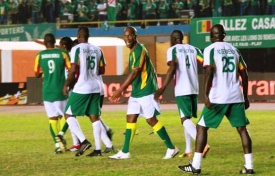 Le but de Didier Drogba qui terrasse les Lions de la Teranga