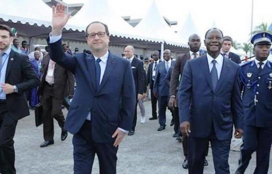 François Hollande à Abidjan avec Alassane Ouattara