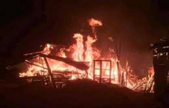 Un incendie dévaste le marché de Man