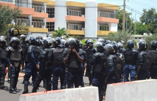 La police malienne réclame