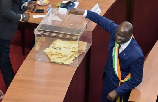 Amadou Soumahoro remplace Soro Guillaume à la tête de l'Assemblée nationale sur fond de crise