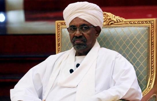 Omar el-Béchir inculpé pour corruption