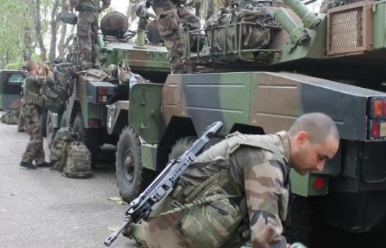 Des manœuvres militaires