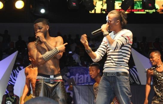Arafat dj et Debordeau sur scène
