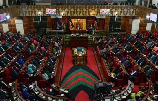 Au Kenya, un député agresse sa collègue