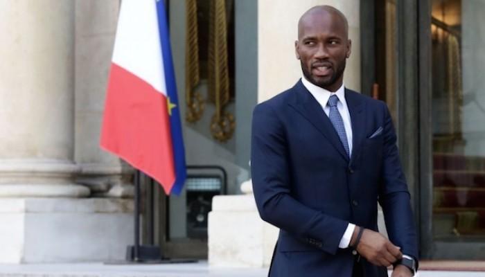 Afrique : Emmanuel Macron mobilise Drogba pour un projet sportif