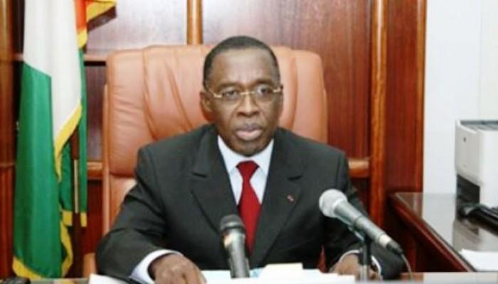 Santé: La Côte d'Ivoire interdit les postes téléviseurs dans les salles de garde