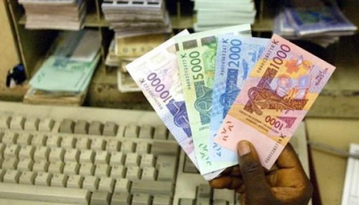 Macron sonne le mort officielle du Franc CFA, l'ECO arrive à grands pas