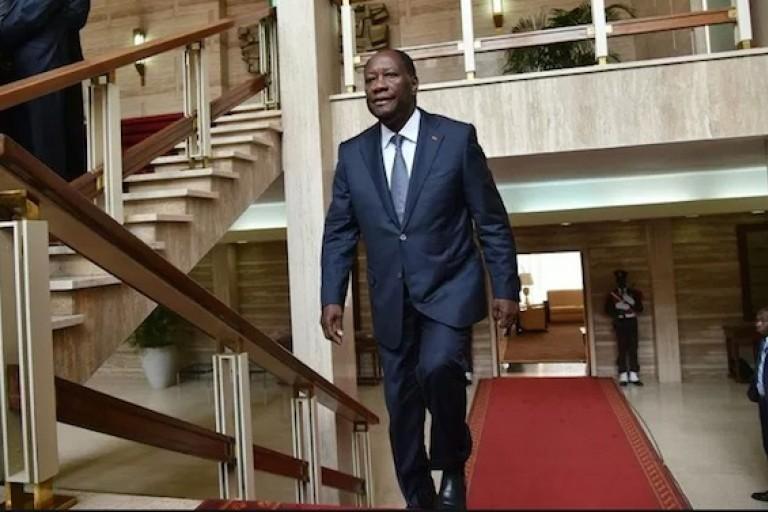 Alassane Ouatta au palais présidentiel d'Abidjan Plateau.