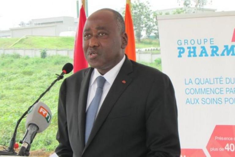 Amadou Gon Coulibaly lance l'usine de médicaments