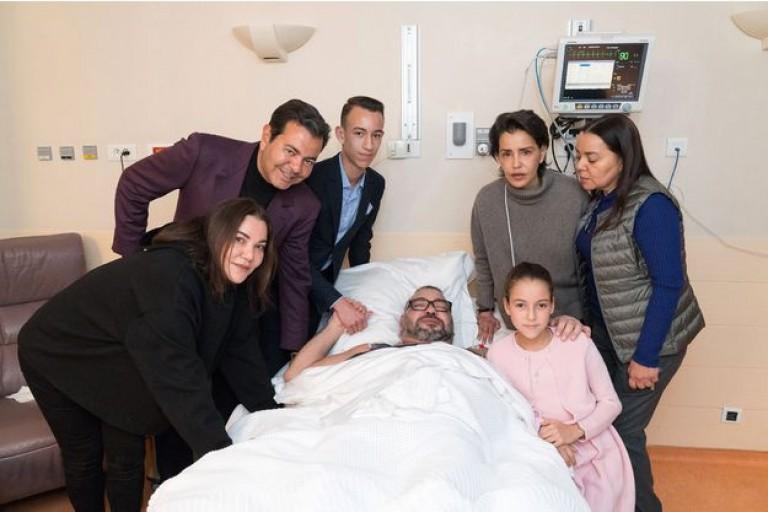 Mohammed VI entouré des membres de sa famille