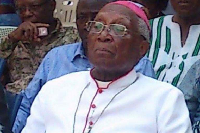 Mgr  Fanoko Kpodzro  Gnassingbé de céder