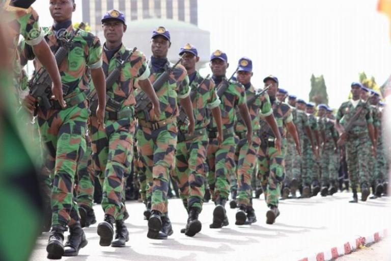 Des soldats mutins du contingent 8400 promus Sergents-Chefs