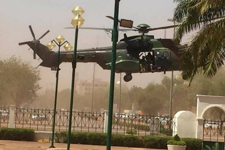 Attaque de Ouagadougou, patrouille d'un avion français