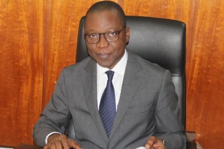 Amadou Koné, ministre des Transports, communique sur le décret portant limitation de l'âge des véhicules