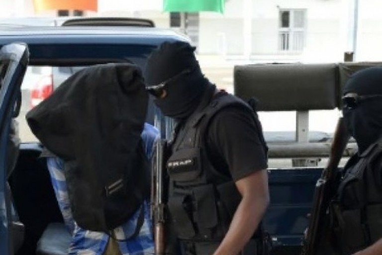 Nouveau scandale de trafic d'armes à la police