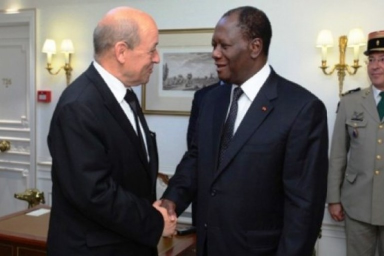 Jean-Yves Le Drian et Alassane Ouattara