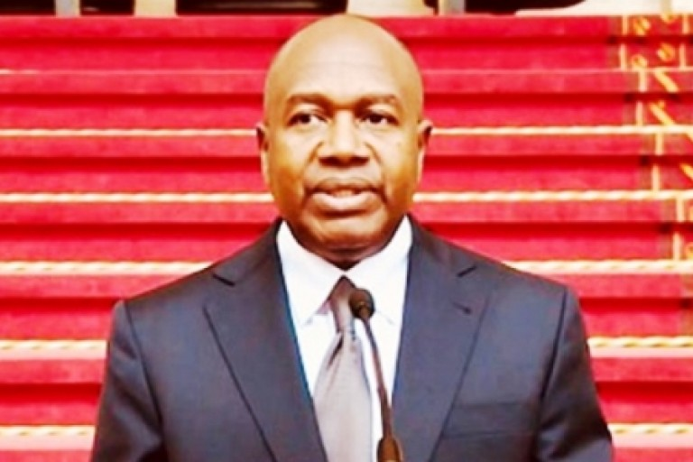 Sidiki Diakité, ministre de l'Administration du territoire