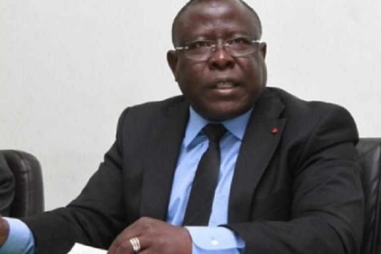 Bacongo persiste et signe:  Ouattarra n'a pas la possibilité de faire un 3e mandat