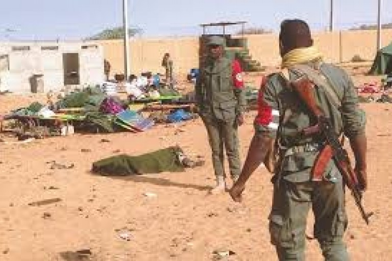 les djihadistes et armée accusés de violation des droits de l'homme