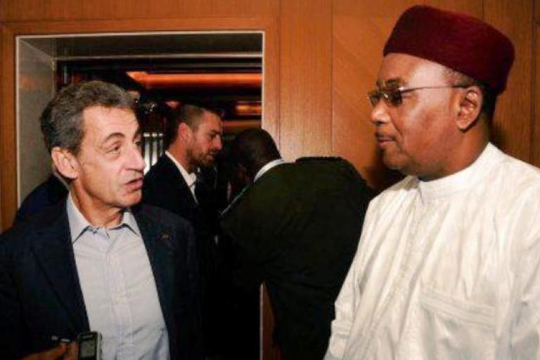 Rencontre entre Nicolas Sarkozy et Mahamadou Issoufou à Abou Dhabi
