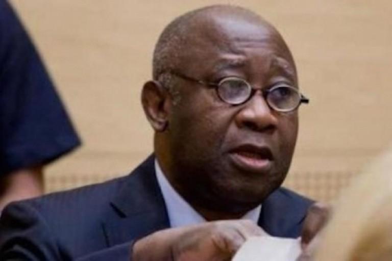 Gildas Le Lidec signe pour la libération de Gbagbo