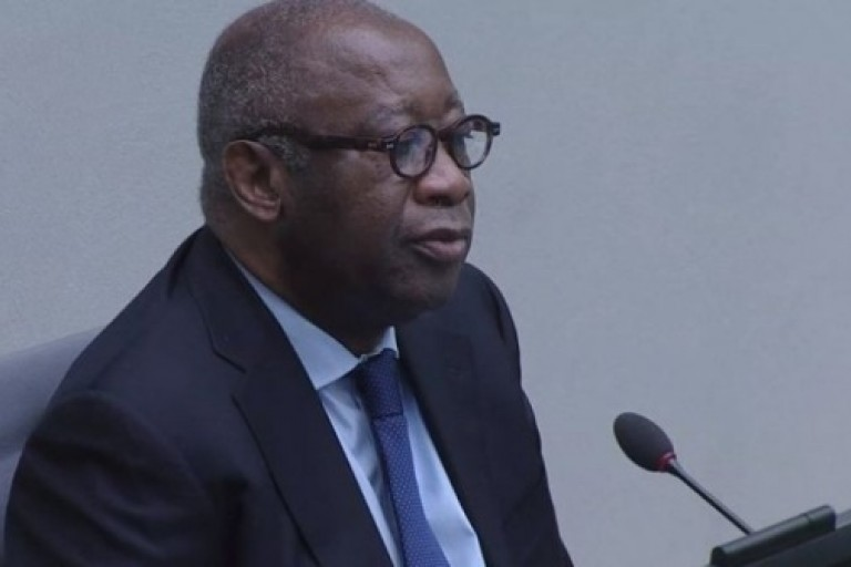 Un parti camerounais soutient Gbagbo