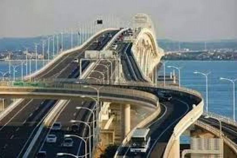 La maquette du 5e pont d'Abidjan