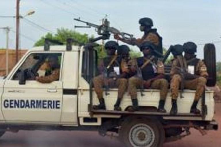 Des gendarmes tués dans une attaque terroriste
