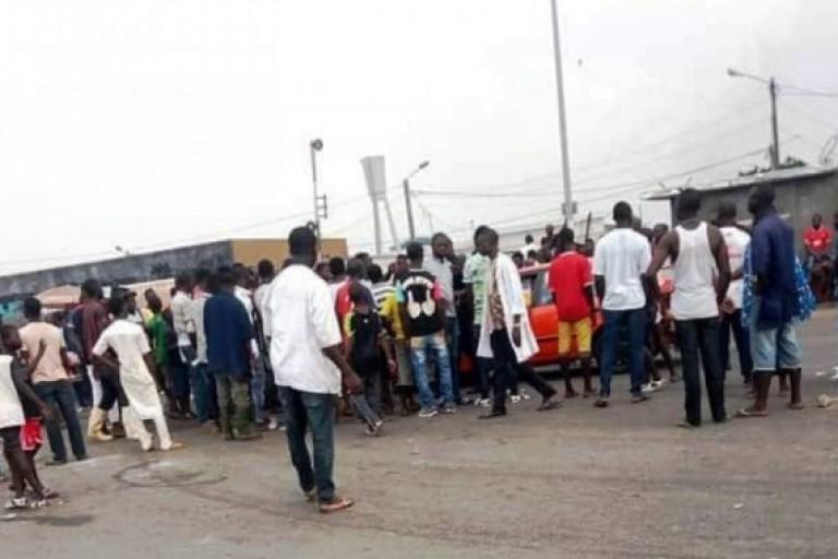 Une opération policière vire à l'émeute à Port-Bouët