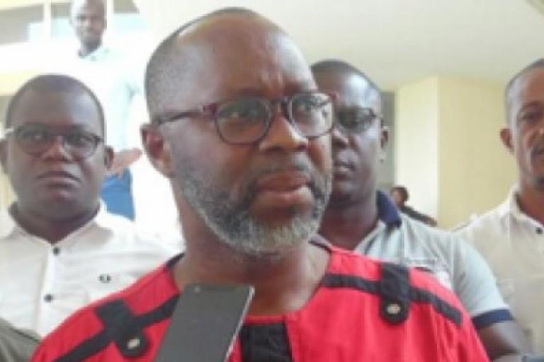 A bouaké, le Pr Jean Francis Ekoungoun et sa plateforme de fonctionnaire  du Gbêkê sont solidaire des enseignants  violentés
