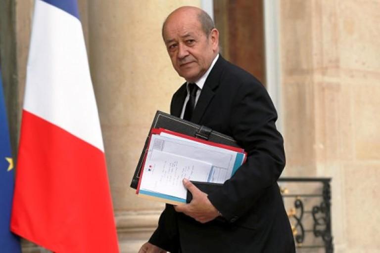 Procès Gbagbo, Jean-Yves Le Drian botte en touche
