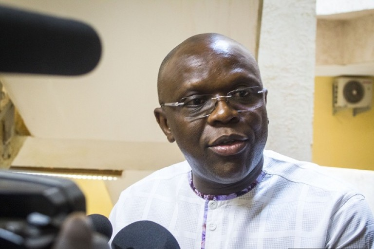 Le ministre burkinabè de la COmmunication, Remis Dandjinou