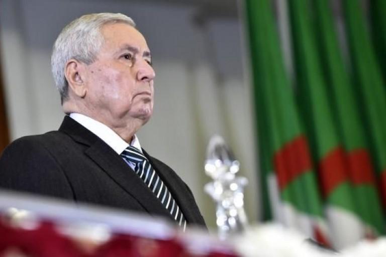 Abdelkader Bensalah promet des élections transparentes en Algérie