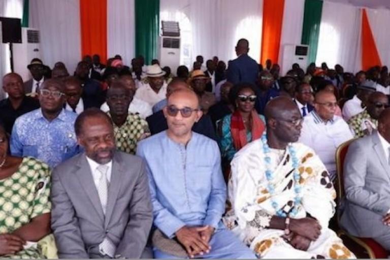 Michel Gbagbo aux côtés des hommes du pouvoir
