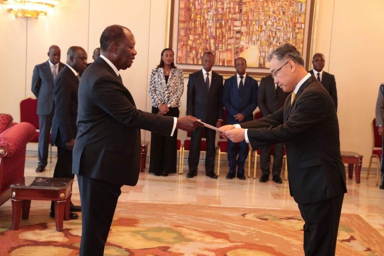 Alassane Ouattara a reçu cinq lettres de créance