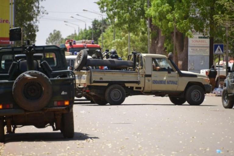 Au Burkina Faso, l'opposition se dresse contre les terroristes
