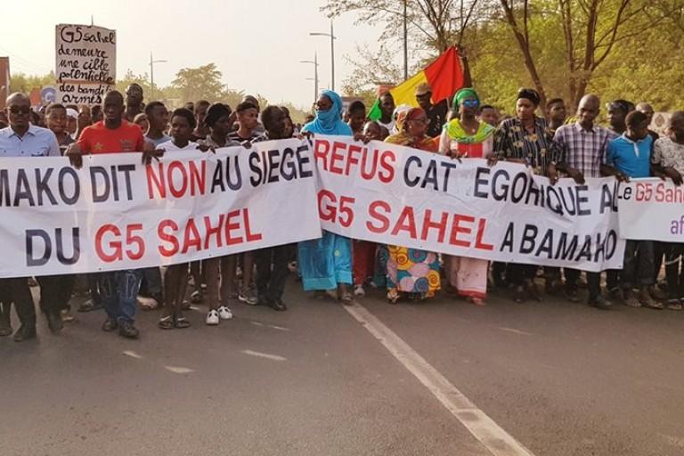 Au Mali, la population protestent contre le G5 Sahel