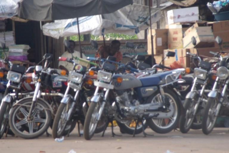 Les motos-taxis ne sont pas les bienvenus à Abidjan