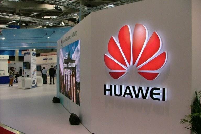 Huawei dans la tourmente en Ouganda et en Zambie.