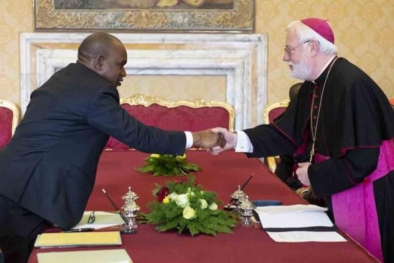 Un accord signé entre le Burkina Faso et le Vatican