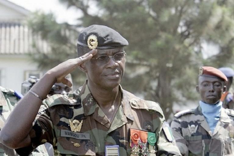 Diplomatie  : Philippe Mangou quitte officiellement le Gabon